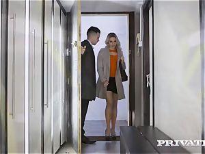 Private.com - Mia Malkova pulverizes in the colon