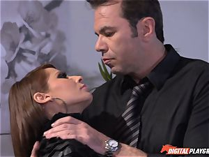 Madison Ivy has her pointy cunny speared