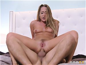 Carter Cruise is analled by her fabulous saviour
