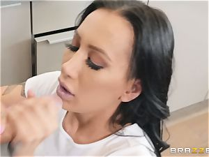 Amia Miley humped in her fuckbox lips