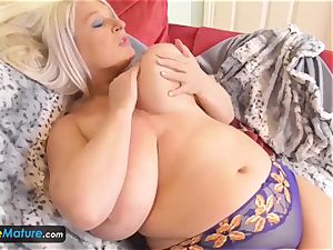 EUROPE MATURE 2 blondes are tugging
