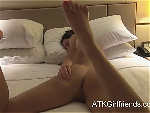 pov with hope Howell in Singapore finishes with creampie