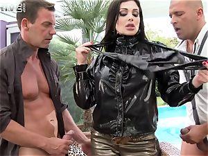 Luxury supah chesty porno star Aletta Ocean takes two peckers in her tastey butt