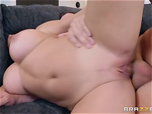Julianna Vega is supah ultra-kinky and needs to be ravaged