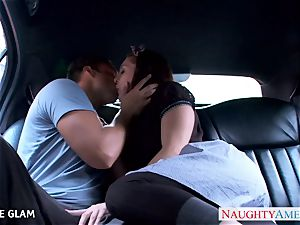 sweetie nubile Gracie Glam bangs in the car