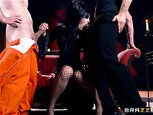 MMF smashing for gothic stunner Katrina Jade