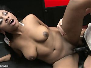 rough Kathia Nobili thrusts her wire on sausage deep down her counterpart gullet