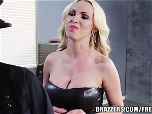 Brazzers - Rampant all girl cops go at it