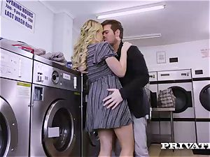 Private.com - Mia Malkova gets porked in the laundry