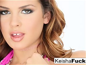 red-hot superstar Keisha gets her wet cooch nailed