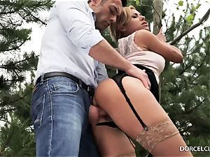 lady college girls see as their teacher gets assfucked in the woods