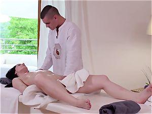 Relaxxxed - erotic spa fucky-fucky for Czech beauty Kate Sky