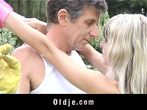 Gina Gerson gets anal from an older dude