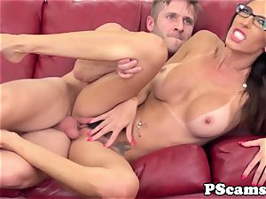 Bigtitted cam hottie Dava Foxx pokes
