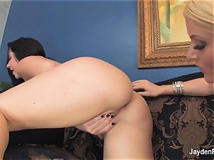 Jayden Jaymes and Sophie Dee get ditzy and super-sexy