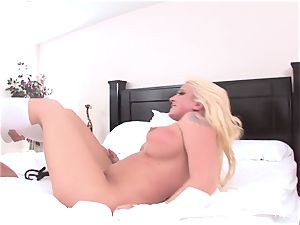 Abigail and Leya get it on double dildo fashion