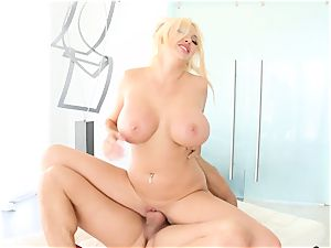 huge-chested blond honey Summer Brielle pulverized deep in her cooter pie