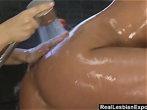 Soapy girly-girl shower bang-out