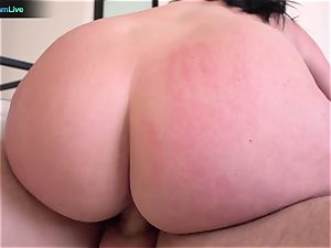 huge-titted Sophie Dee using her funbags at the maximum level
