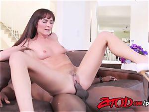 Bianca Breeze luvs a hefty black rod in her