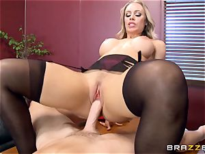 sizzling manager Nicole Aniston taking a massive knob in the office