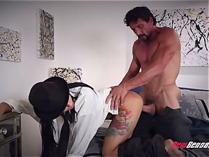 Gina Valentina Family Friendly screw Session