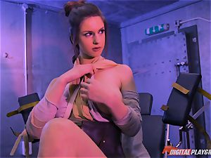 Stella Cox muff hammered by a space agent