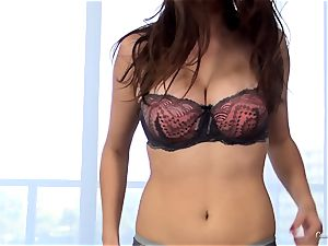 mind-blowing novice Ashley Adams works her audition purrfectly